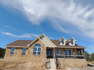 Canyon Lake Single Family Home Active Option: 924 Rhinestone