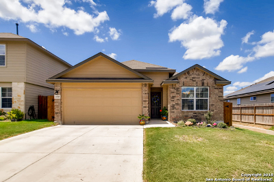 Single Family Home Active Option: 11703 Pelican Pass