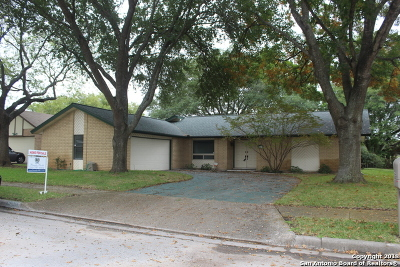 Schertz, Cibolo Single Family Home For Sale: 5713 Fairways Dr