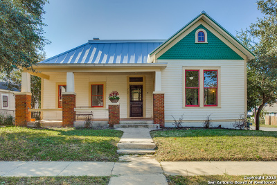 Government Hill Single Family Home For Sale: 702 E Carson St