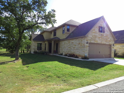 Spring Branch Single Family Home For Sale: 537 Carriage House