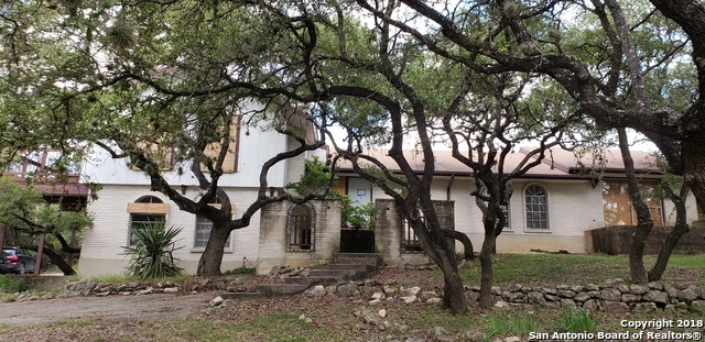 3 bed / 2 full, 1 partial baths Home in San Antonio for $220,000