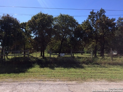 Atascosa County Residential Lots & Land New: 1085 Big Leaf Rd