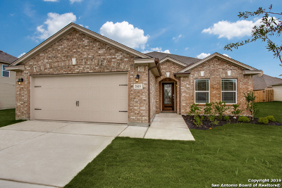 Converse Single Family Home For Sale: 2615 Wolf Moon