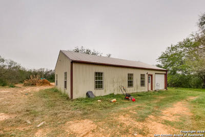 Medina County Single Family Home New: 909 County Road 669