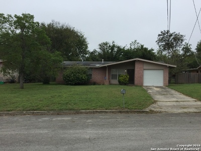 Universal City Single Family Home For Sale: 533 E Byrd Blvd