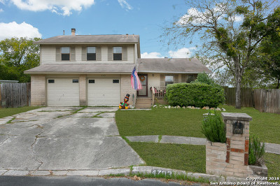 San Antonio Single Family Home New: 4703 Crested Rock Dr