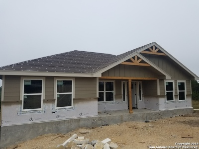 Canyon Lake Single Family Home New: 519 Ledgeview