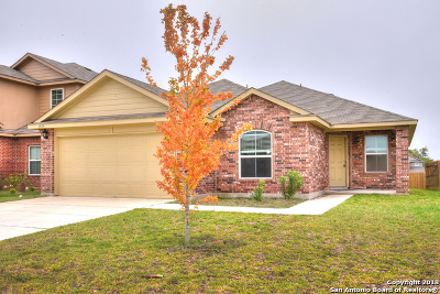 Seguin Single Family Home Active Option: 1529 Motherwell Dr