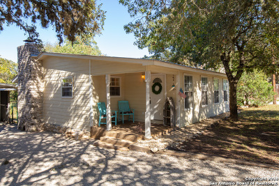 Canyon Lake Single Family Home Active Option: 545 Wagon Wheel Dr
