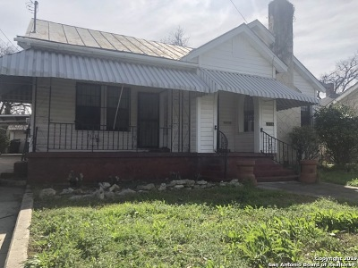 San Antonio Single Family Home For Sale: 2726 E Houston St