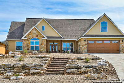 Kerrville Single Family Home For Sale: 1913 Summit Ridge Dr