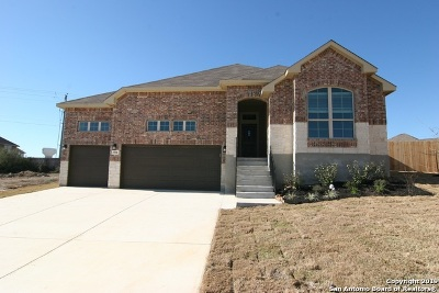 Cibolo Single Family Home For Sale: 504 Saddle House