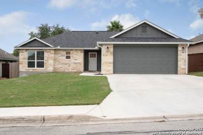 New Braunfels Single Family Home New: 1630 Sunspur Rd