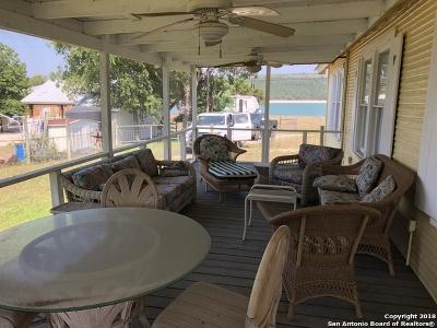 Lakehills TX Single Family Home For Sale: $195,000