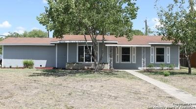 San Antonio Single Family Home New: 303 Pool Dr