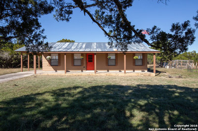 Single Family Home For Sale: 698 Cimarron