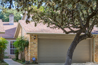 Canyon Lake Condo/Townhouse For Sale: 44 Oak Villa Rd #A-3