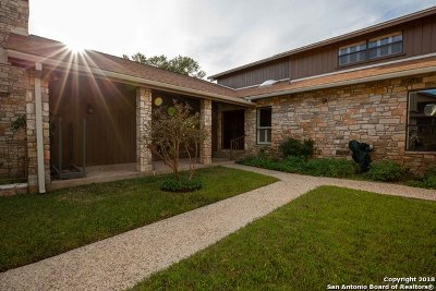 Kerrville Single Family Home For Sale: 2415 Birkdale Ln