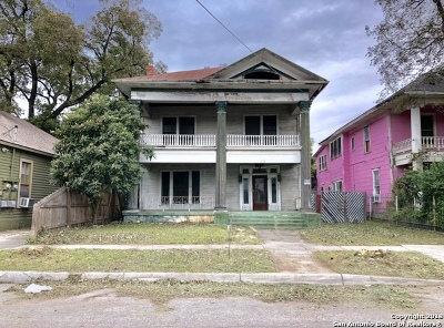 Single Family Home Price Change: 218 Upson St