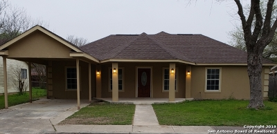 Schertz Single Family Home For Sale: 421 Beverly Dr