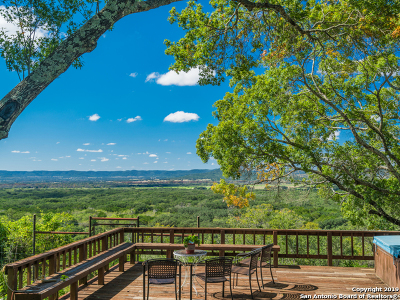 Bandera County Single Family Home For Sale: 507 Blackjack Hollow