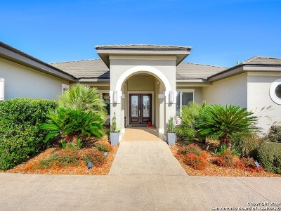 Boerne Single Family Home Active Option: 114 Towne View Circle