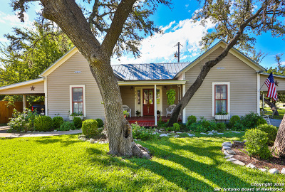 Kendall County Single Family Home For Sale: 101 Live Oak