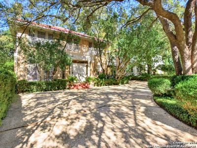 San Antonio Single Family Home For Sale: 119 E Hollywood Ave