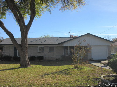 Single Family Home Active Option: 338 Goodhue Ave