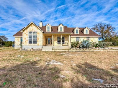 Boerne Single Family Home For Sale: 108 Timber Mountain Dr