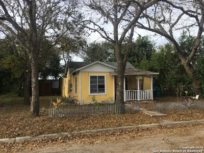 Boerne Single Family Home For Sale: 608 Graham St