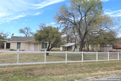 Adkins Single Family Home Active Option: 4715 Jim Daniel