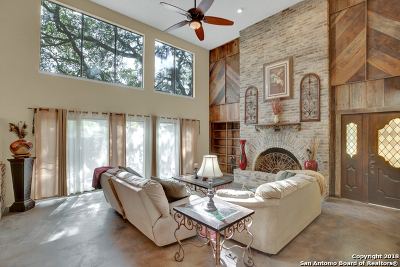 New Braunfels Single Family Home Price Change: 702 California Blvd #702