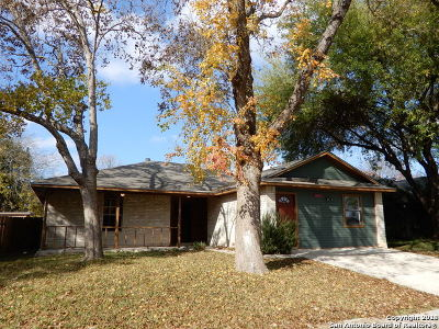 Live Oak Single Family Home Active Option: 8113 Forest Bow