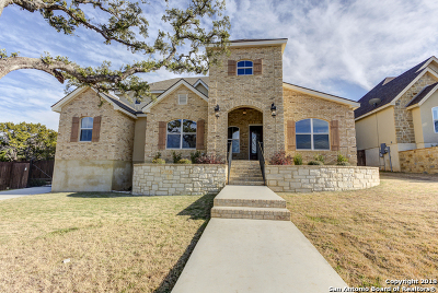 New Braunfels Single Family Home For Sale: 684 Acorn Dr