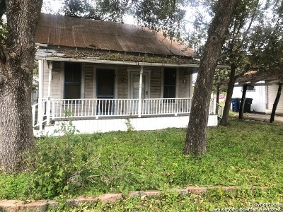 New Braunfels Single Family Home For Sale: 2074 Michigan St.