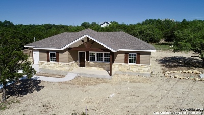 Canyon Lake Single Family Home New: 1012 Roadrunner Ln