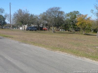 Castroville Residential Lots & Land For Sale: 127 Cr 5720 Cr5720