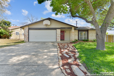 Single Family Home New: 14402 Meadow Briar St