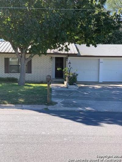 Uvalde Single Family Home For Sale: 605 2nd St