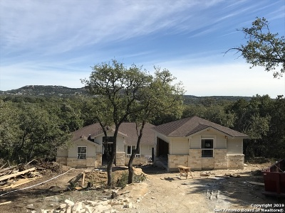 Comal County Single Family Home New: 760 La Paloma Dr