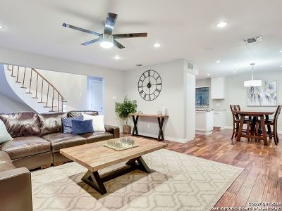 Hollywood Pa TX Single Family Home New: $450,000