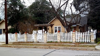Kerrville Single Family Home For Sale: 248 Travis St N