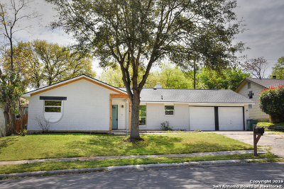 Live Oak Single Family Home Back on Market: 7814 Grass Hollow St