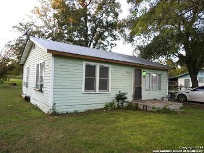 Atascosa County Single Family Home For Sale: 18705 Wisdom Rd