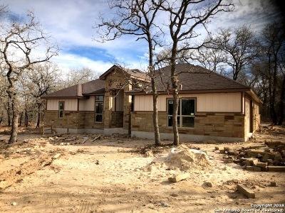 La Vernia Single Family Home New: 181 Cibolo Ridge Dr.