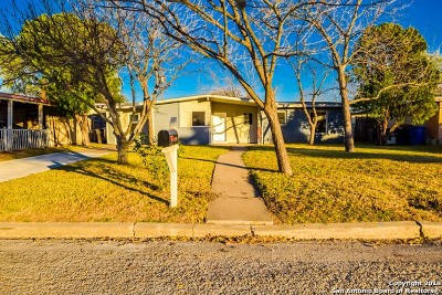 San Antonio Single Family Home New: 810 Elkhorn Dr