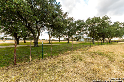 Guadalupe County Farm & Ranch For Sale: 5100 Alternate 90