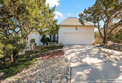 Helotes Single Family Home Active RFR: 17330 Comanche Bluff